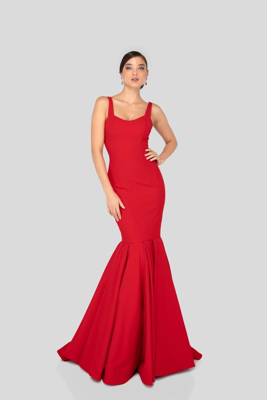 Ravishing red dress thumbnail