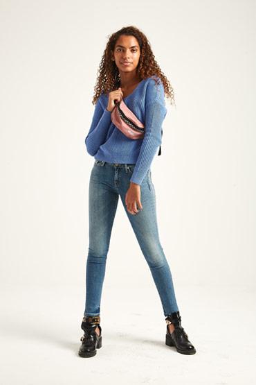 The Super Skinny Jeans thumbnail
