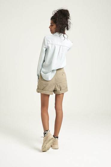 Long Sleeve Light Chambray Button-Down Shirt – Aeropostale thumbnail