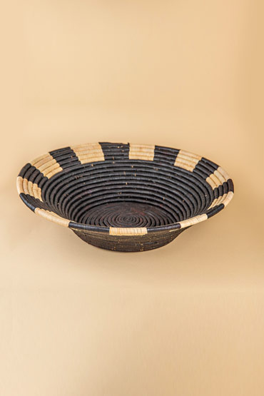 A Large Ugandan Straw Basket In Black And Beige – Madu thumbnail